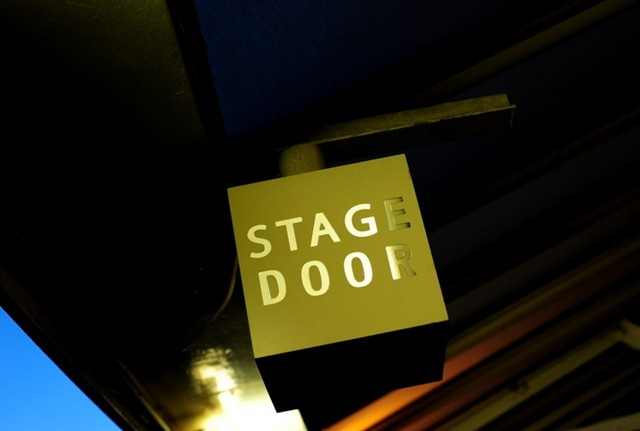 Stahge door
